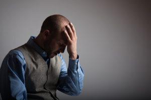 めまいと頭痛がひどい…放っておくと怖い頭の病気