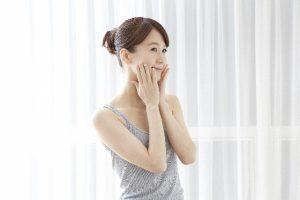 ピーリングする事で起こる美肌効果の仕組みとは?