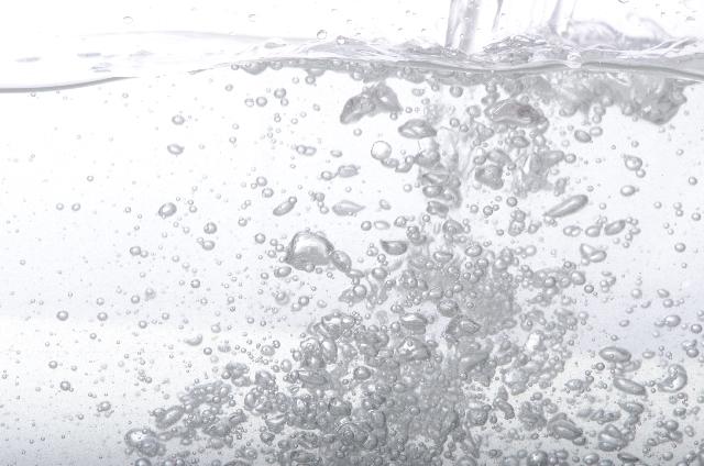 水分不足で起こる意外な症状とは?