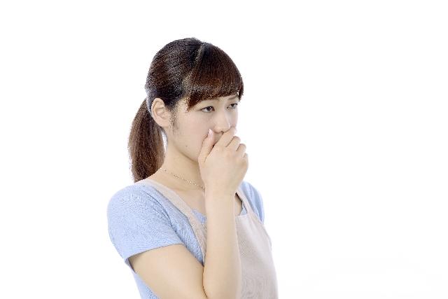 ドライマウスは口臭の原因に!女性に急増するお口の砂漠化