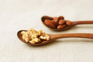 ダイエットにも◎小腹を満たして美容成分たっぷり「ナッツ」の効果